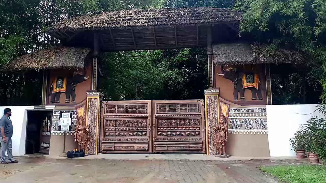 3 ದಿನದಿಂದ ಹಾಸನದ ರೆಸಾರ್ಟ್ನಲ್ಲಿ ಬೀಡು ಬಿಟ್ಟಿರುವ HDK, ಸದನಕ್ಕೂ ಗೈರು