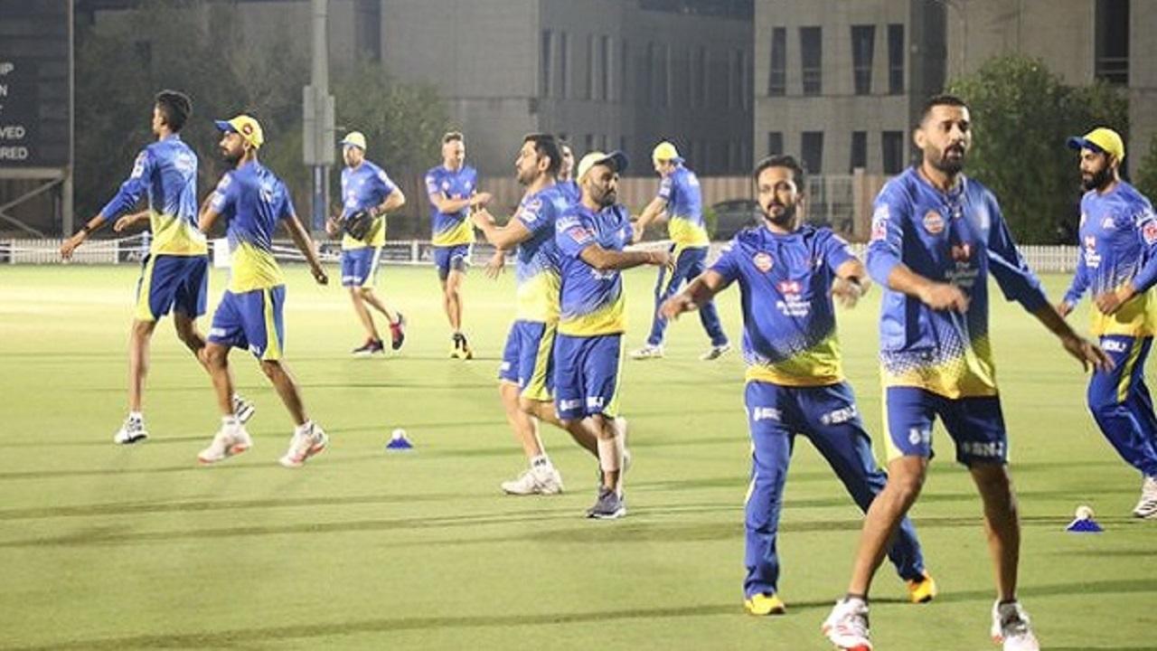 IPL 2020: ಮುಂಬೈ-ಚೆನ್ನೈ ಪಂದ್ಯದ ಮೊದಲು ಆಟಗಾರರ ಕಸರತ್ತು ಹೇಗಿತ್ತು ನೋಡಿ..