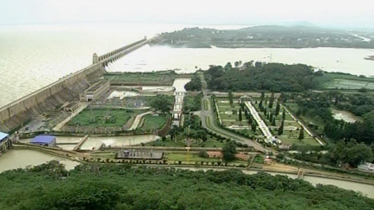 ತುಂಗೆ-ಭದ್ರೆ ಅಬ್ಬರ.. ತೆರೆಯಿತು ಜಲಾಶಯಗಳ 28 ಗೇಟ್: ಆಹಾ ಇದು ನಯನಮನೋಹರ!