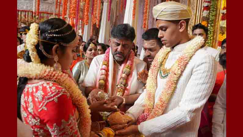 DK SHIVAKUMAR DAUGHTER MARRIAGE
